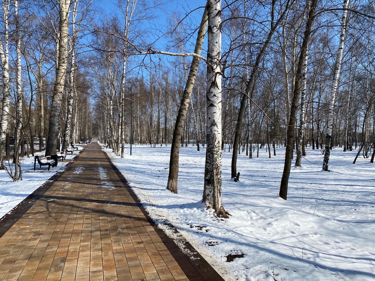 Парки пустые, на улицах люди. Следим за ситуацией в карантинном Нижнем Новгороде